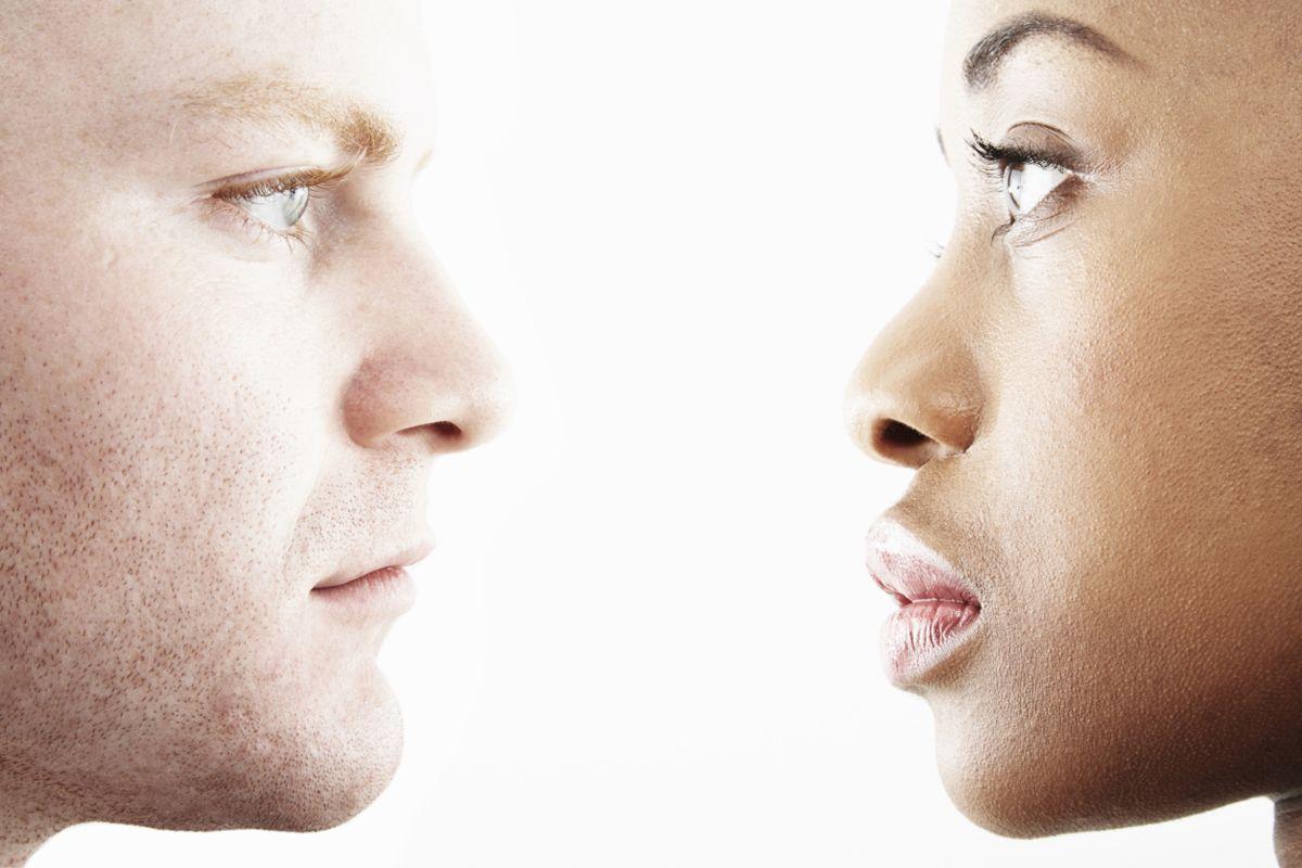 Konuşurken göz temasını devam ettirmek neden bazen bu kadar zor?