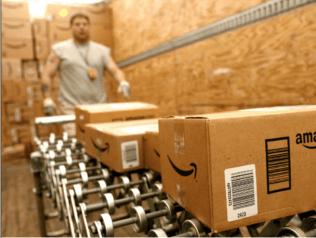 Amerika, on-line alışverişe harcadığı her iki dolardan birini Amazon'a veriyor!