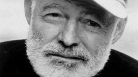 Hemingway'in yaşamından olağanüstü kesitler: Birçok ölümcül hastalığı, iki uçak kazasını atlattı, Nobel edebiyat ödülünü aldı ve ardından intihar etti.