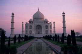 Tac Mahal: Olağanüstü bir aşkın cisme bürünmüş hali!