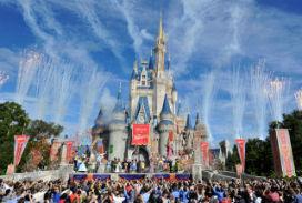 Walt Disney'in gizli taktiği:  Disney World'ün kurulacağı araziyi sahte şirketler vasıtasıyla satın aldı.