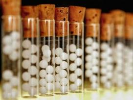Alexa Ray Joel'in intihar girişimi: Homeopatik ilaçla intihar edilir mi?