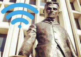 Nikola Tesla'nın Silikon Vadisindeki heykeli ücretsiz Wi-Fi sunuyor!