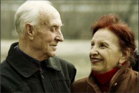 Mutlu ve uzun bir beraberlik, eşlerin birbirine benzemesine yol açarken, mutlu birlikteliğin sırrına ipucu sunuyor!