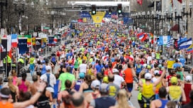Boston Maratonu'nda Karşıdan Karşıya Geçiş Seremonisi!