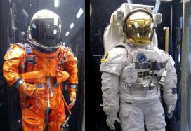 Astronotlar uzay kıyafetlerinin rengini nasıl seçer?