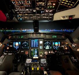 Kalkışta ve inişte uçak kabinlerinin ışığı neden kısılır?