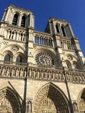 Gotik ve Romanesk Mimari Arasındaki Farklar
