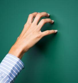 Tırnağın Tahtaya Sürtme Sesi Neden Tüylerimizi Diken Diken Eder?