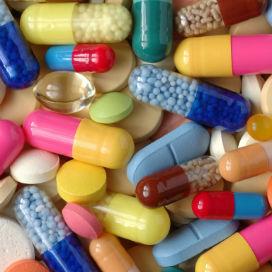 Vitaminler İlaçların İçine Nasıl Konur?