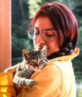 Kediden Bulaşan Bir Parazit Sıradan Bir Hayvanseveri Kedi Delisine Dönüştürebilir mi?